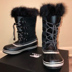 Sorry Mid Calf Snow Boots Joan of Arc Arctic
